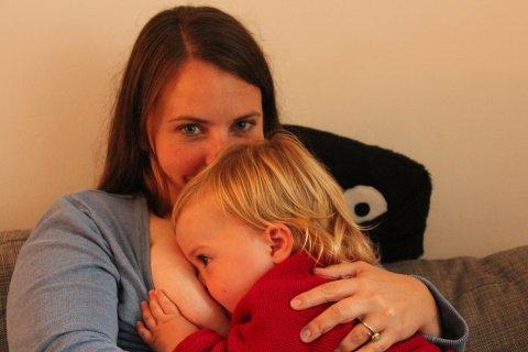 Stillendes Kind, Stillende Mutter